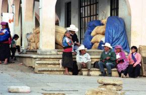 San Juan Chamula Katolicyzm oraz indiańskie rytuały