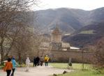Tatew. Ormiański klasztor, jeszcze w odbudowie