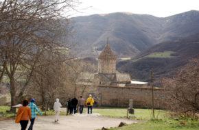 Tatew Ormiański klasztor, jeszcze w odbudowie