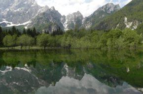 Laghi di Fusine Dwa stawy w sercu Julijskich Alp