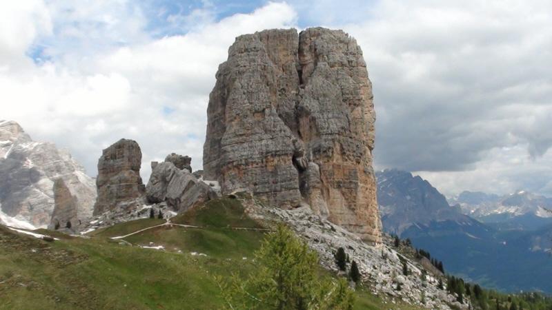 Cinque Torri . Muzeum wojenne na wolnym powietrzu