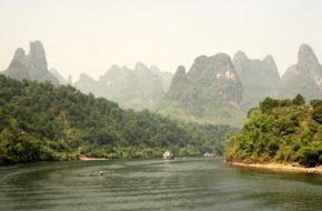 Guilin Tętni życiem rzeka Li