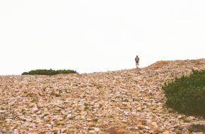 Wielki Szyszak Na szczyt po głazach i kamieniach