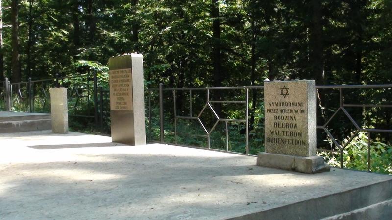 Przełęcz Hałbowska . Zbiorowa mogiła beskidzkich Żydów