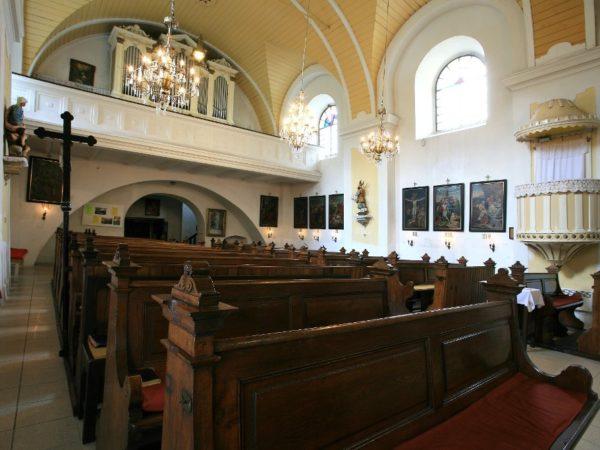 Karwina. Krzywy kościół i pałac Fryštát