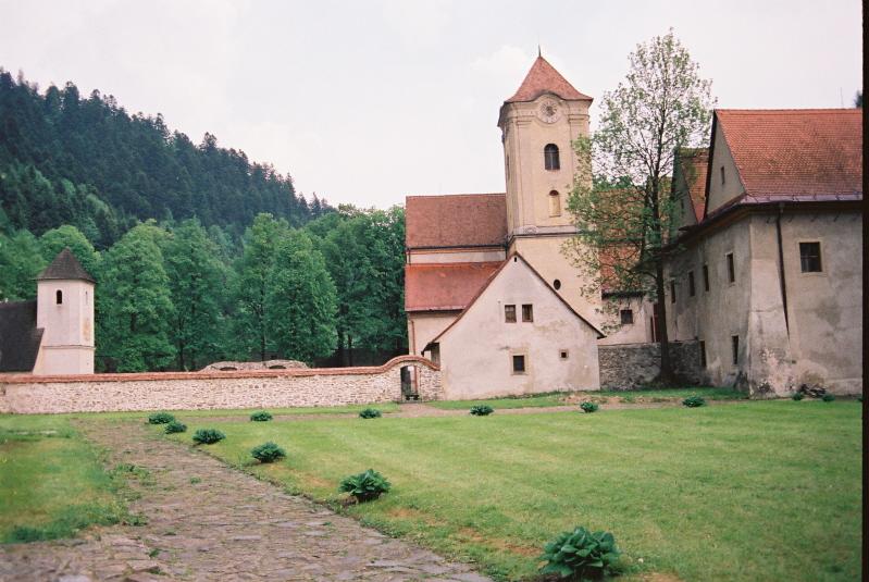 Czerwony Klasztor . Nad Dunajcem, po słowackiej stronie