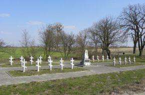 Bielice Przydrożny cmentarzyk z pierwszej wojny