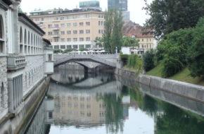 Lublana Spacerem wzdłuż Ljubljanicy