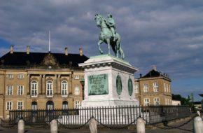 Kopenhaga Królowie na konnych pomnikach