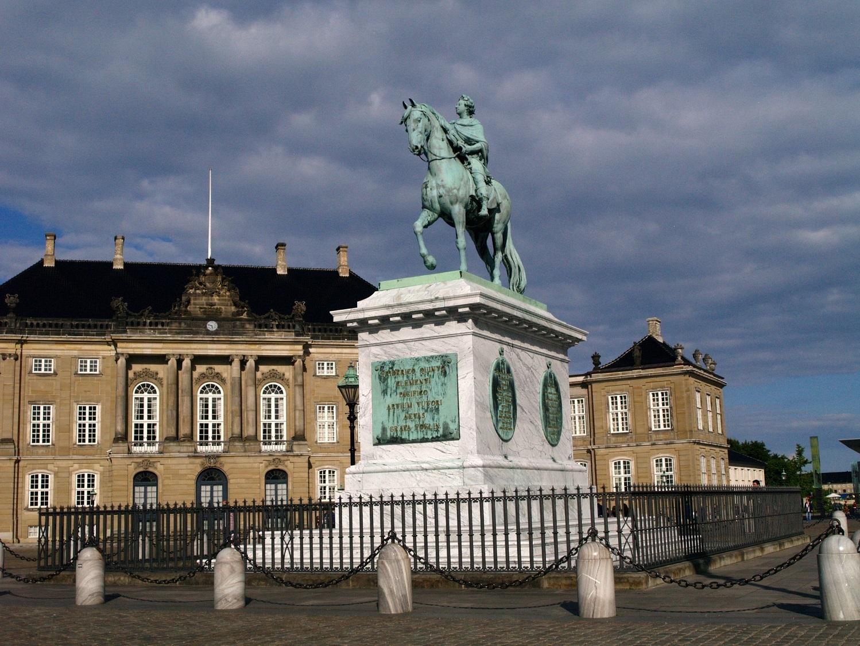 Kopenhaga. Królowie na konnych pomnikach