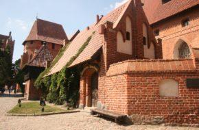 Malbork Turyści szturmują krzyżacki zamek
