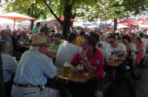 Monachium Viktualienmarkt, czyli targ spożywczy