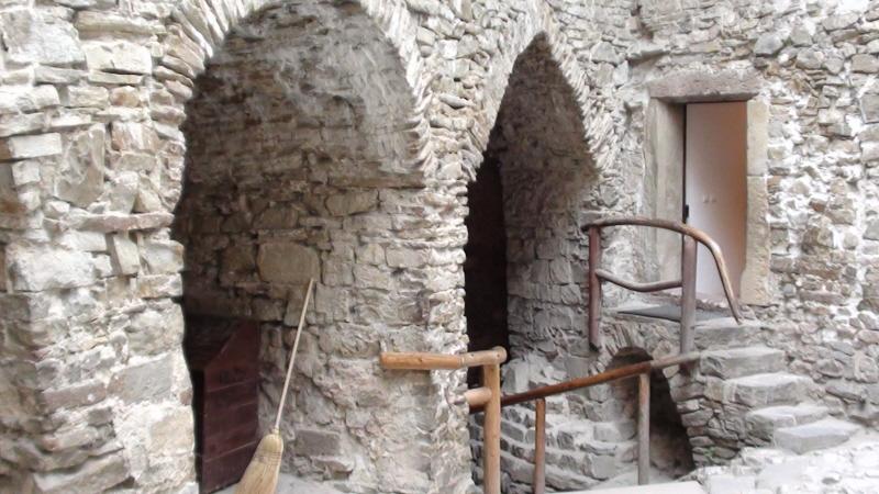 Niedzica. Pieniński zamek zwany Dunajec