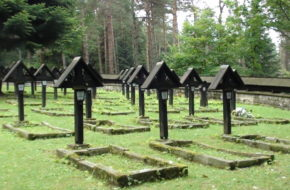 Magura Małastowska Cmentarz wojenny na przełęczy
