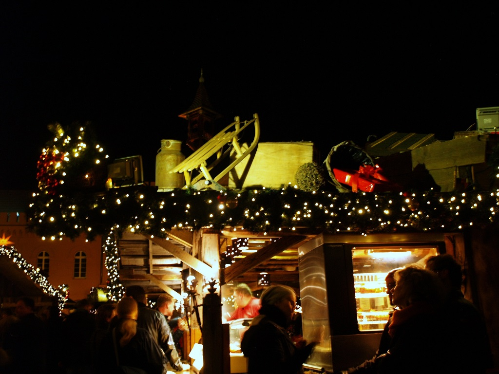 Schwerin. Świąteczny targ w stolicy Meklemburgii