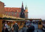 Warszawa. Świąteczny jarmark między murami