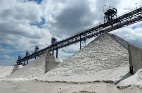 Biała Góra Wielka dziura pełna czystego piasku
