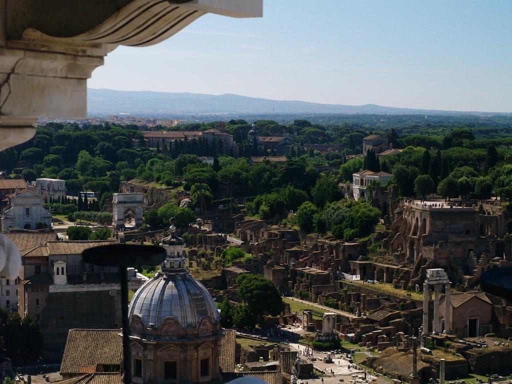 Rzym. Taras widokowy z kwadrygami
