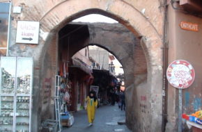 Marrakesz Kto tu nie zajrzał, nie wie, co stracił?