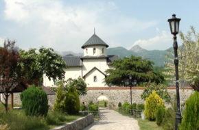 Morača Stary monastyr schowany w kanionie