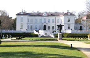 Połąga Pałac Tyszkiewiczów w ogromnym parku