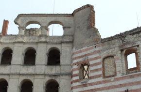 Janowiec Ruiny zamku nad Wisłą
