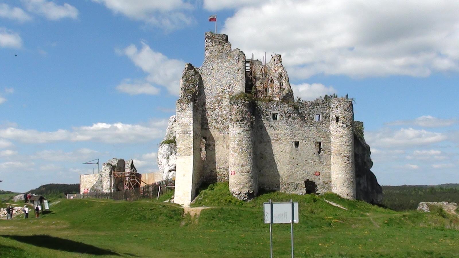 Mirów. Ruiny zamku na Szlaku Orlich Gniazd