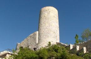 Smoleń Ruiny zamku w rezerwacie przyrody