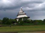Magdeburg. Park Łaby z Wieżą Tysiąclecia