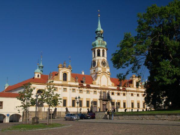 Praga. Loreta ma już 390 lat