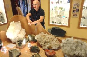 Święta Katarzyna Muzeum minerałów i krzemienia w paski