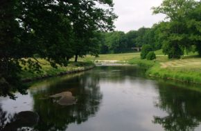 Park Mużakowski Spojrzenie na zieleń z Podwójnego Mostu