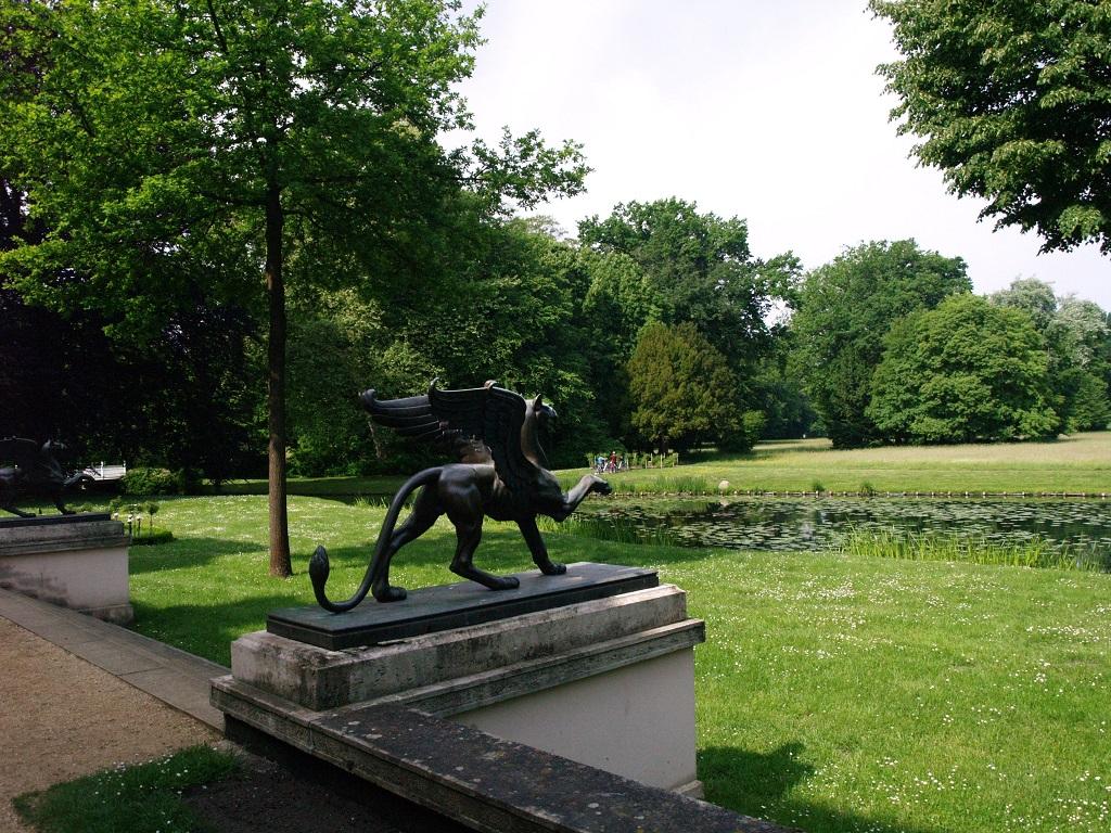 Branitz. Park z piramidą, dzieło księcia ogrodnika
