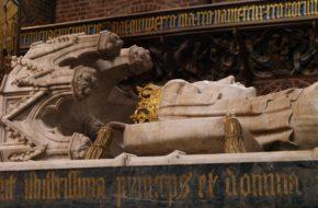 Roskilde Królewskie sarkofagi w katedrze