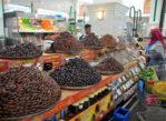 Szardża. Bazary i meczety; pustki na targu rybnym