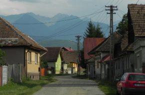Cârţişoara Wieś na przedpolu Gór Fogarskich