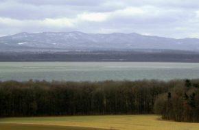 Jezioro Otmuchowskie Zbiornik z najdłuższą ziemną zaporą