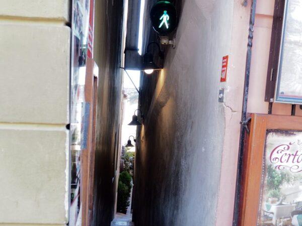 Praga. Najwęższa uliczka w mieście
