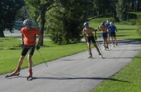 Otepää Tu trenują narciarscy biegacze