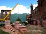 Odzun. Ormiański klasztor z poczerniałą Madonną