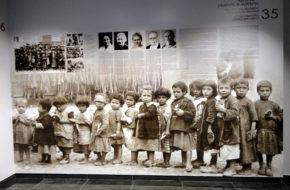 Erywań Świadectwa w muzeum ludobójstwa