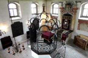 Holešov Jak synagoga Szacha przetrwała do dziś