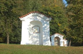 Mnišek pod Brdy Skalka, sanktuarium w odbudowie