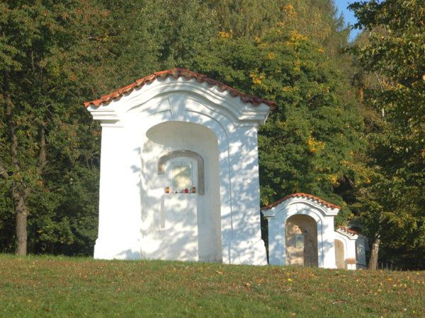 Mnišek pod Brdy. Skalka, sanktuarium w odbudowie