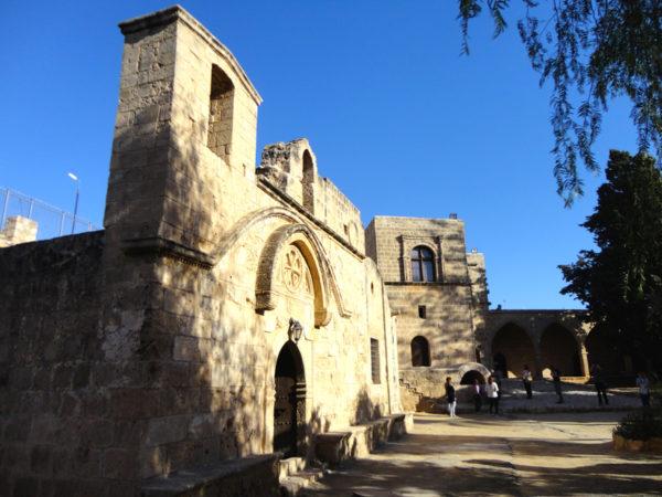 Agia Napa. Klasztor w Świętym Gaju