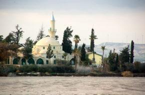Larnaka Islamskie sanktuarium Hala Sultan Tekke