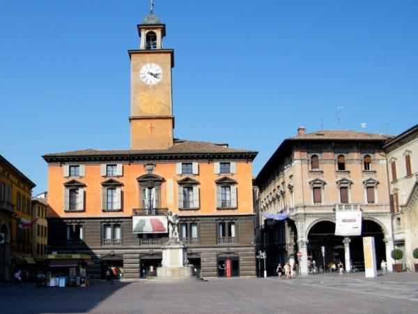 Reggio Emilia. Stąd włoska flaga i polski hymn