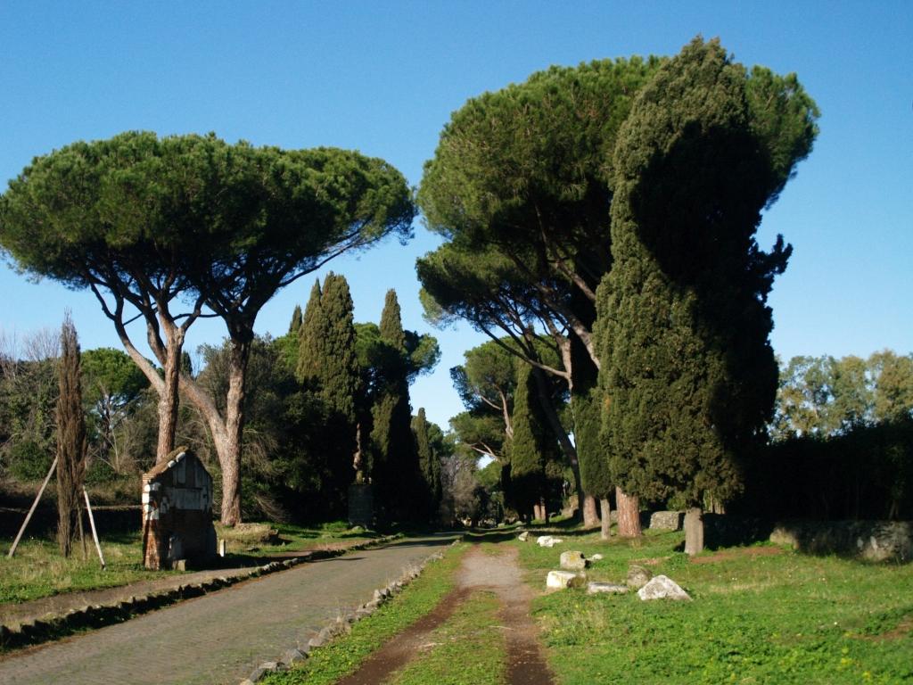 Rzym. Via Appia Antica, mila za milą