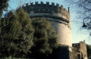 Rzym Via Appia Antica, od mili trzeciej…