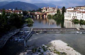 Bassano del Grappa Gdzie swe wody Brenta toczy